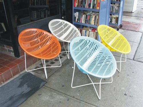 (1)1candycolouredchairs2